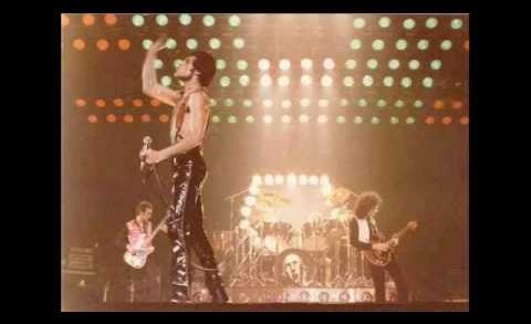 It's Late – Queen Live (クイーン ライブ)