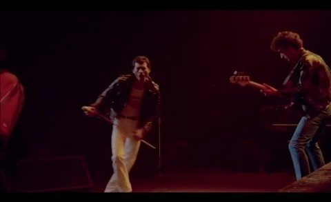 Let Me Entertain You – Queen Live (クイーン ライブ)